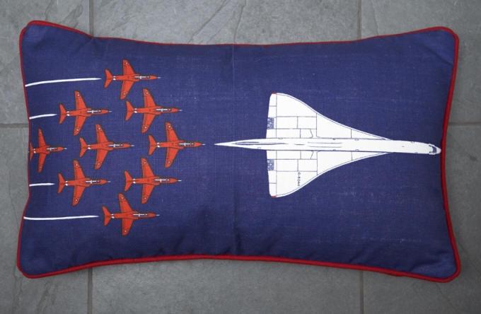 Concorde Cushion
