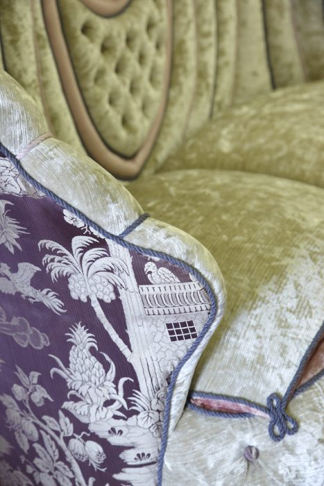 Shell Sofa - Damask Detail